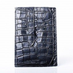 Black crocodile mat